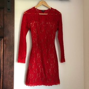 Red Express lacey open back dress sz.S